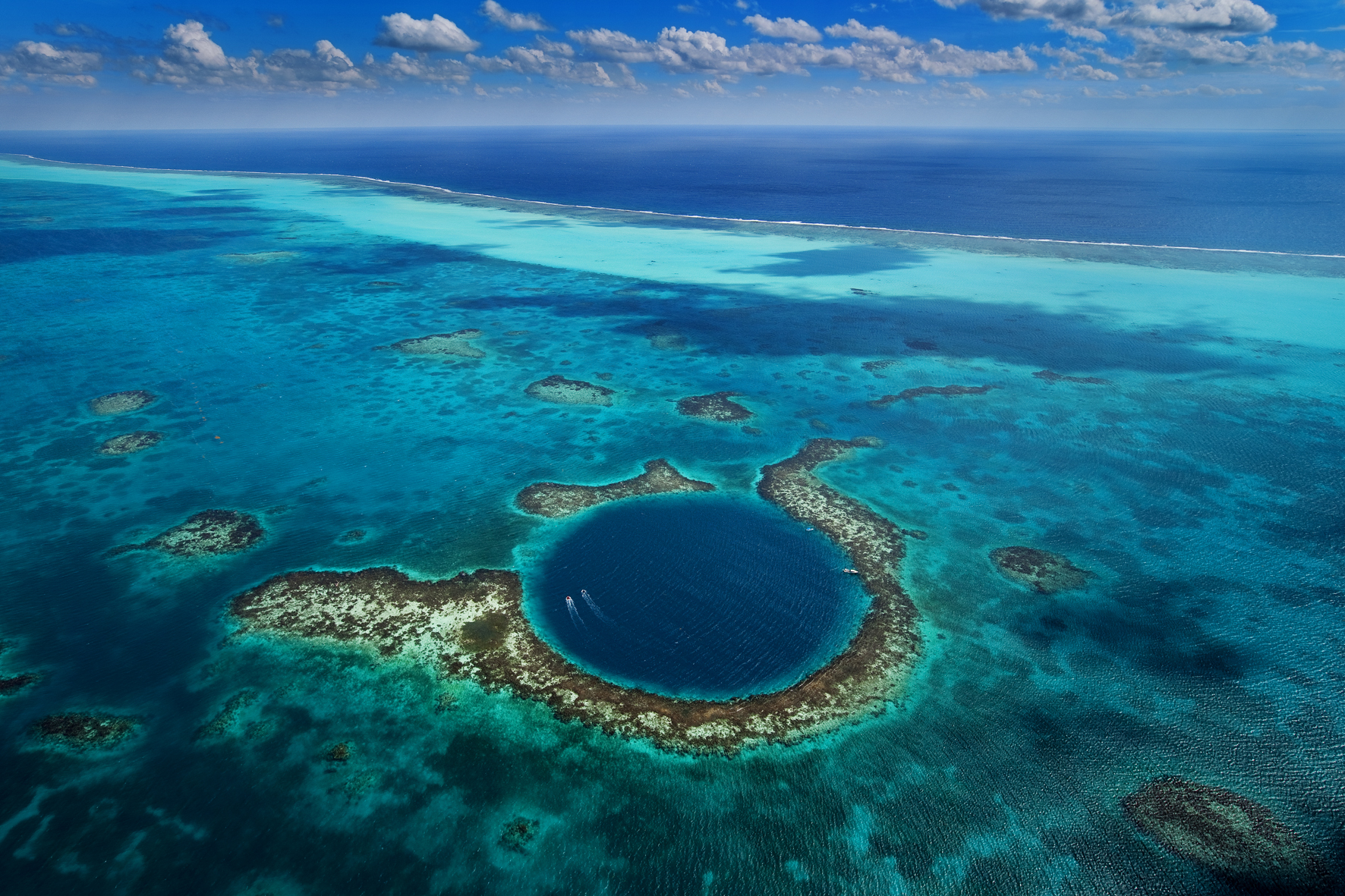 great-blue-hole-belize